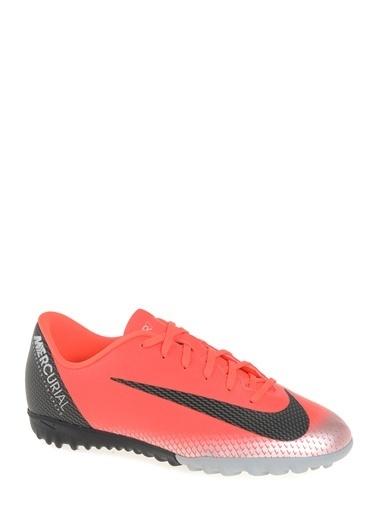 Nike Halı Saha Ayakkabısı Kırmızı